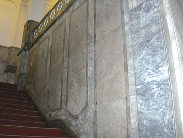9.On the two side ways of the stair, there are huge octagon HuaLien marbles made columns._1